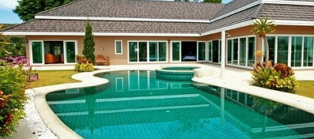 Hua Hin – Great Design 4 Bed Pool Villa on Golf Course