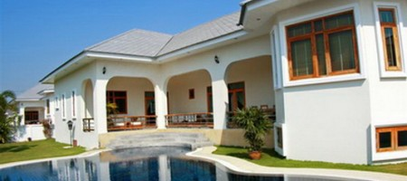 West Hua Hin – Quality 3 Bedroom Pool Villa