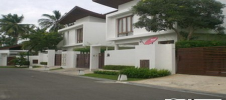 Hua Hin – Luxury 3 Bed Pool Villa by Beach