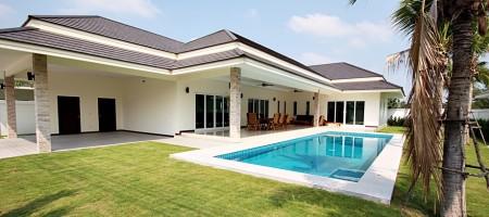 Palm Villa Hua Hin – 3 Bed Luxury Rental