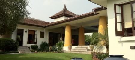 Beautiful Luxury Pool Villa at Bargain Price in Hua Hin
