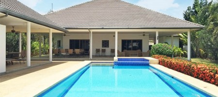 Large House Large Garden Large Pool in Good Location
