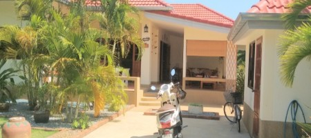Hot Deal – Lovely Little Villa For Sale