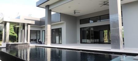 Luxury House For Sale Near Black Mountain