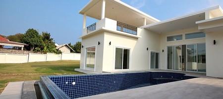 Luxury Pool Villa On Development In Hua Hin