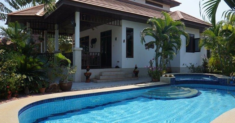 Lovely Resort Pool Villa Near Hua Hin