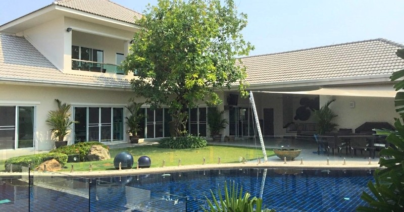 Double Storey House For Sale With Swimming Pool In Hua Hin