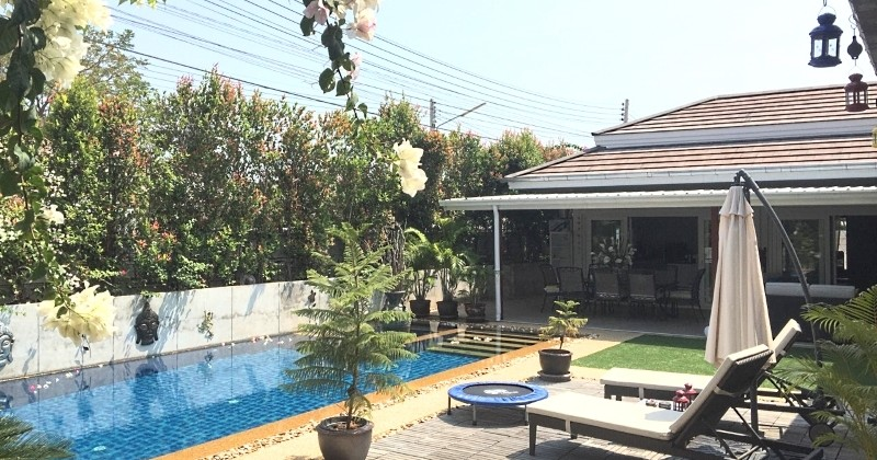 Upgraded Swimming Pool Villa In Very Popular Area Of Hua Hin