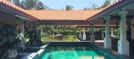 Luxury High Quality Pool Property For Sale On Large Plot In Hua Hin