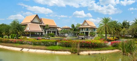 Super luxury 10 bedroom mansion on Pattaya Golf Course