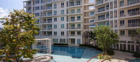 Condominium on Takiab Beach for Sale (20696)