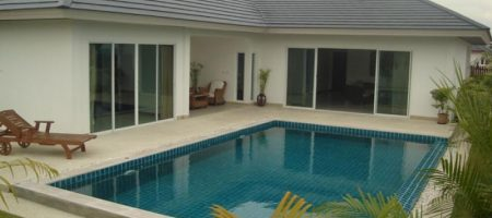 Beautiful Villa For Sale (10884)