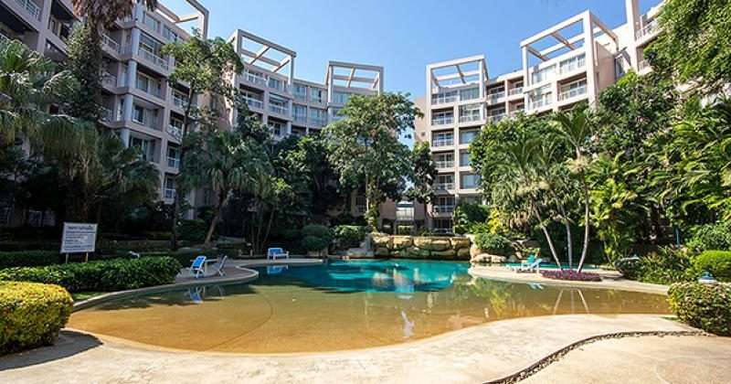Beautiful Condominium at Baan Sansaran for Sale (20691)