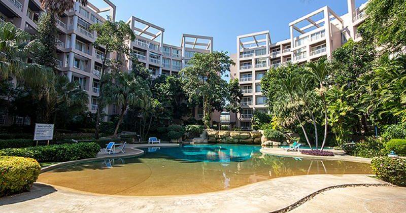 Beautiful Condominium at Baan Sansaran for Sale (20691)
