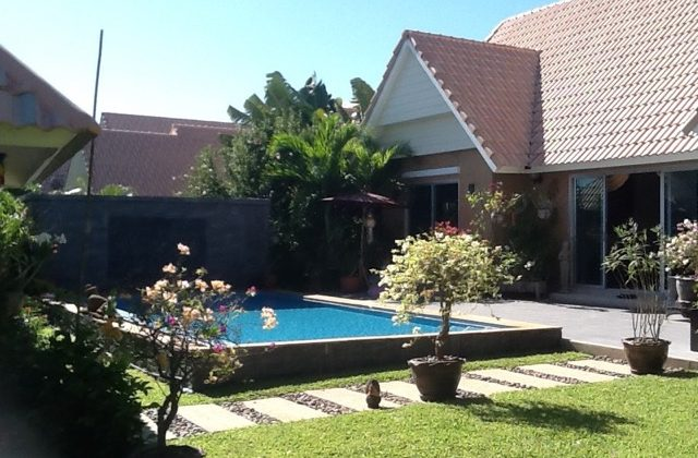 House in Hua Hin Soi 112 for Sale (11136)