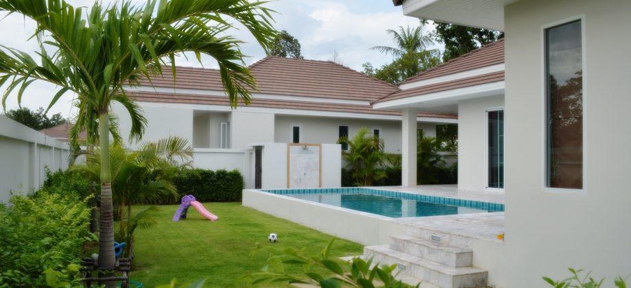 Beautifully Modern Home for Sale HuaHin Soi 88 (11268)