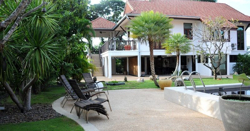 Beautiful Pool Villa For Sale Hua Hin Soi 112 (11275)