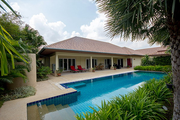 Luxury Pool Villa for Sale (10736)