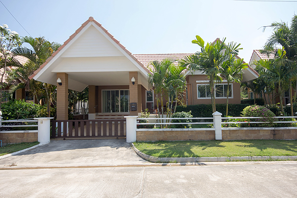 Bungalow in Hua Hin for Sale (10733)