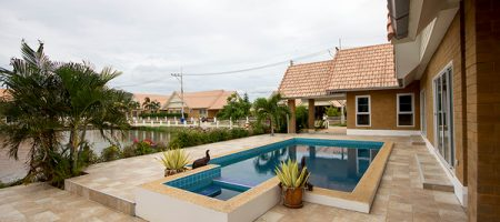 Beautifull Pool Villa in Hua Hin for Sale (10784)