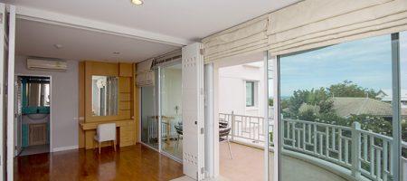 Beautiful Condominium for Sale (20440)