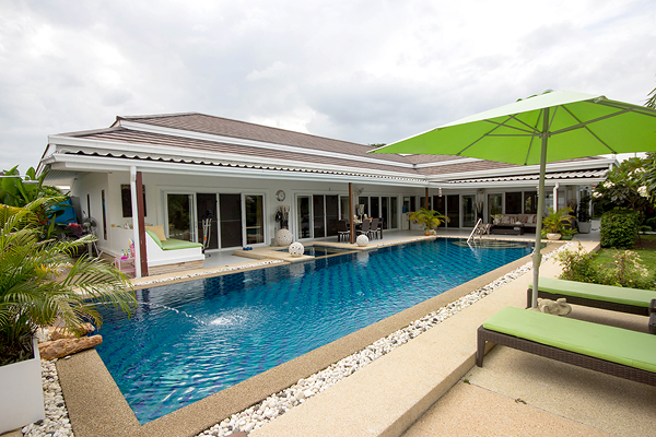 Beautiful Pool Villa for Sale (10800)