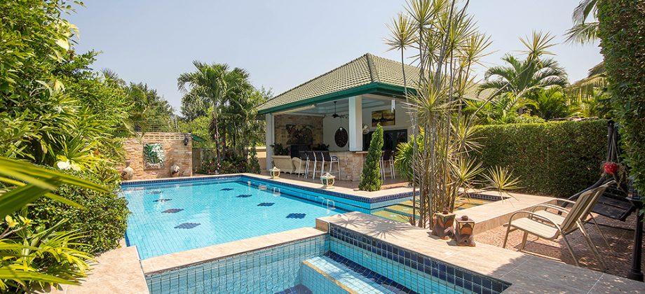 Beautiful Pool Villa at Coconut Gardens (11243)