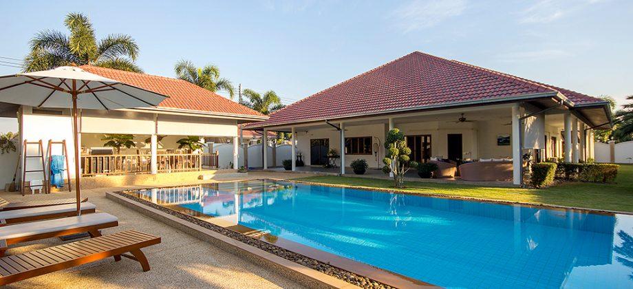 Beautiful Villa (11050)