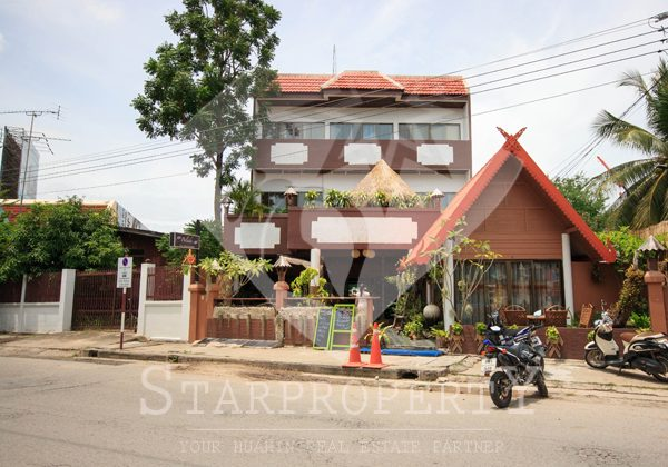 A 3 stories in Hua Hin Town (10553)