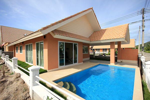 Bungalow in Hua Hin for Sale (10759)