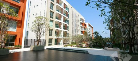 Beautiful Unit at The Breeze for Rent (40210)