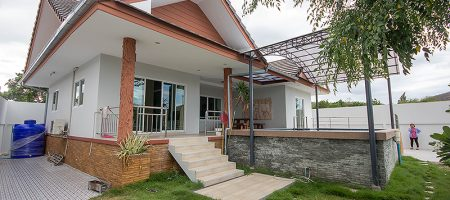 House in Hua Hin Near AKA Resort for Sale (11134)