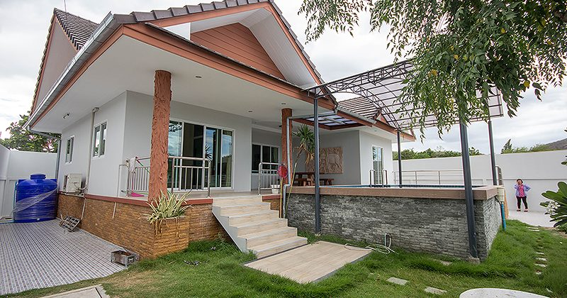 House in Hua Hin Near AKA Resort for Sale (11134)
