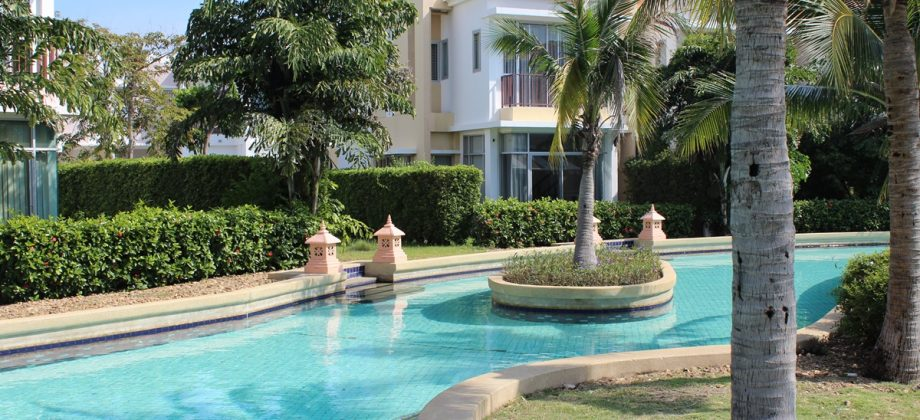 High Quality Town House for Sale at Boat House (11219)