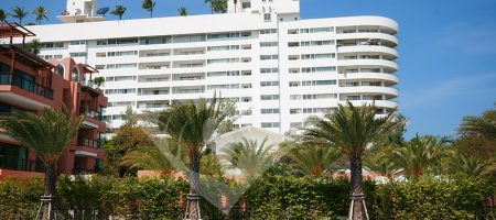 Condominium on Tha Beach for Rent (40058)