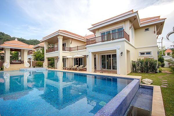 Prestigious Pool Villas for Sale (10914)