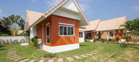 Bungalow in Hua Hin for Sale (10661)