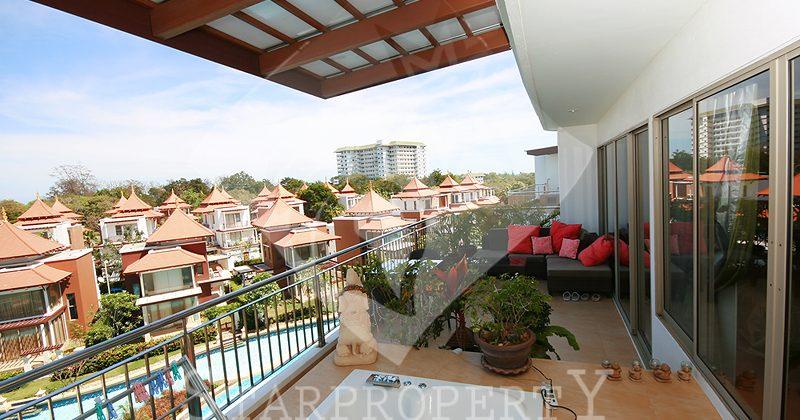 Beautiful Condominium at Boat House for Sale (20259)