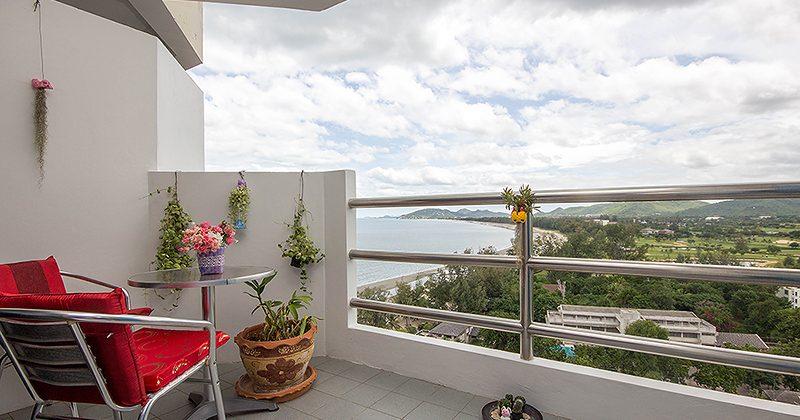 Great Sea View Condominium for Sale (20657)