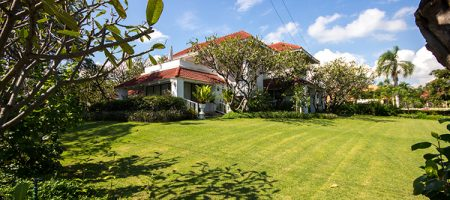 Beautiful House Near Beach for Sale (10845)