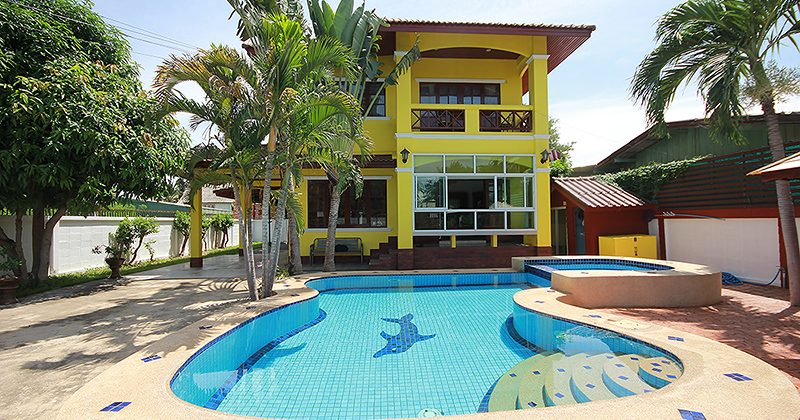 Luxury Pool Villa for Sale (11044)