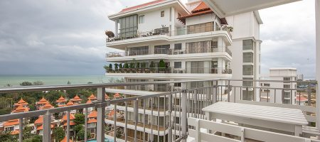 Beautiful Condominium with Sea View for Sale (20700)