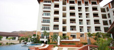 Condominium with Sea View (20404)