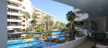 Luxurious Condominium for Rent (40097)