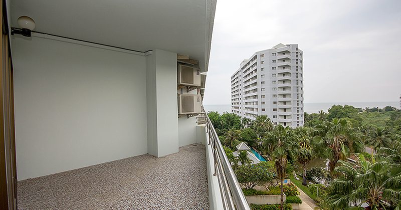 Condominium in Hua Hin for Sale (20678)