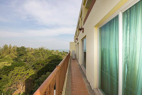 Beautiful Condominium for Sale (20568)