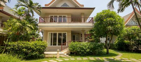 Villa Near Beach for Sale (11264)