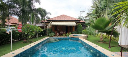 3 Bedroom Bungalow with a Pool for Sale (11290)
