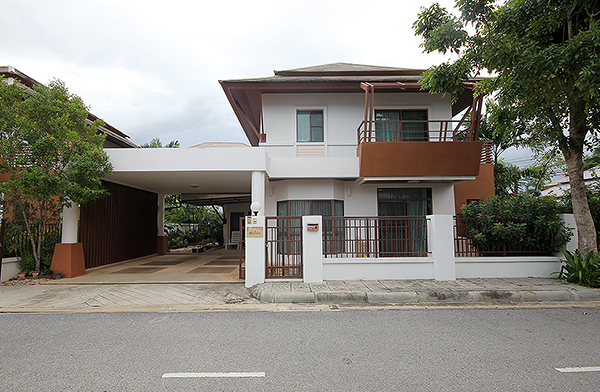Beautiful 2 Storey House in Hua Hin (10981)