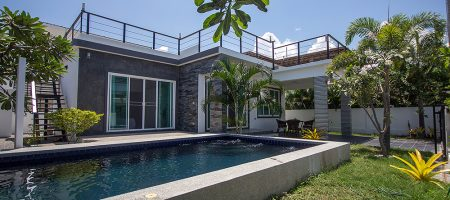 Modern House with Pool for Sale (11252)